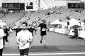 MARATHON MÜNCHEN 2017 SUGAR & PAIN TEAM Run Four Good mit Speed, Spirit und viel Spass / Nach 3:16:08 Stunden gemeinsam im Ziel sind Sarah, Doro, Jamie, und Sebastian (v.l.n.r.) © Stefan Drexl