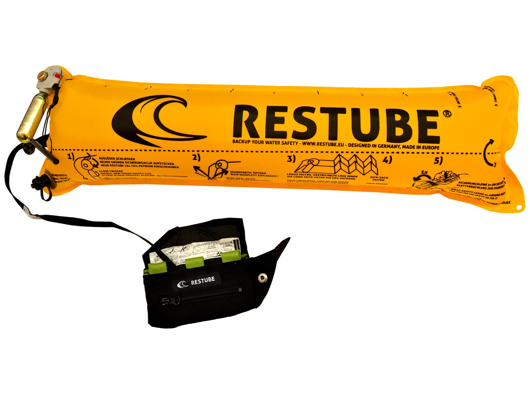 Um das Schwimmen im Freiwasser und den Wassersport sicherer zu machen, hat RESTUBE einen Airbag entwickelt, der ähnlich einer aufblasbaren Rettungsweste funktioniert, aber klein und handlich an der Hüfte getragen werden kann. Zieht man den Auslöser, bläst sich der Schwimmkörper mittels CO2-Patrone innerhalb von Sekunden auf und verwandelt sich in eine auftriebsstarke Boje im offenen Gewässer – beim Schwimmen, Surfen oder Kanufahren.