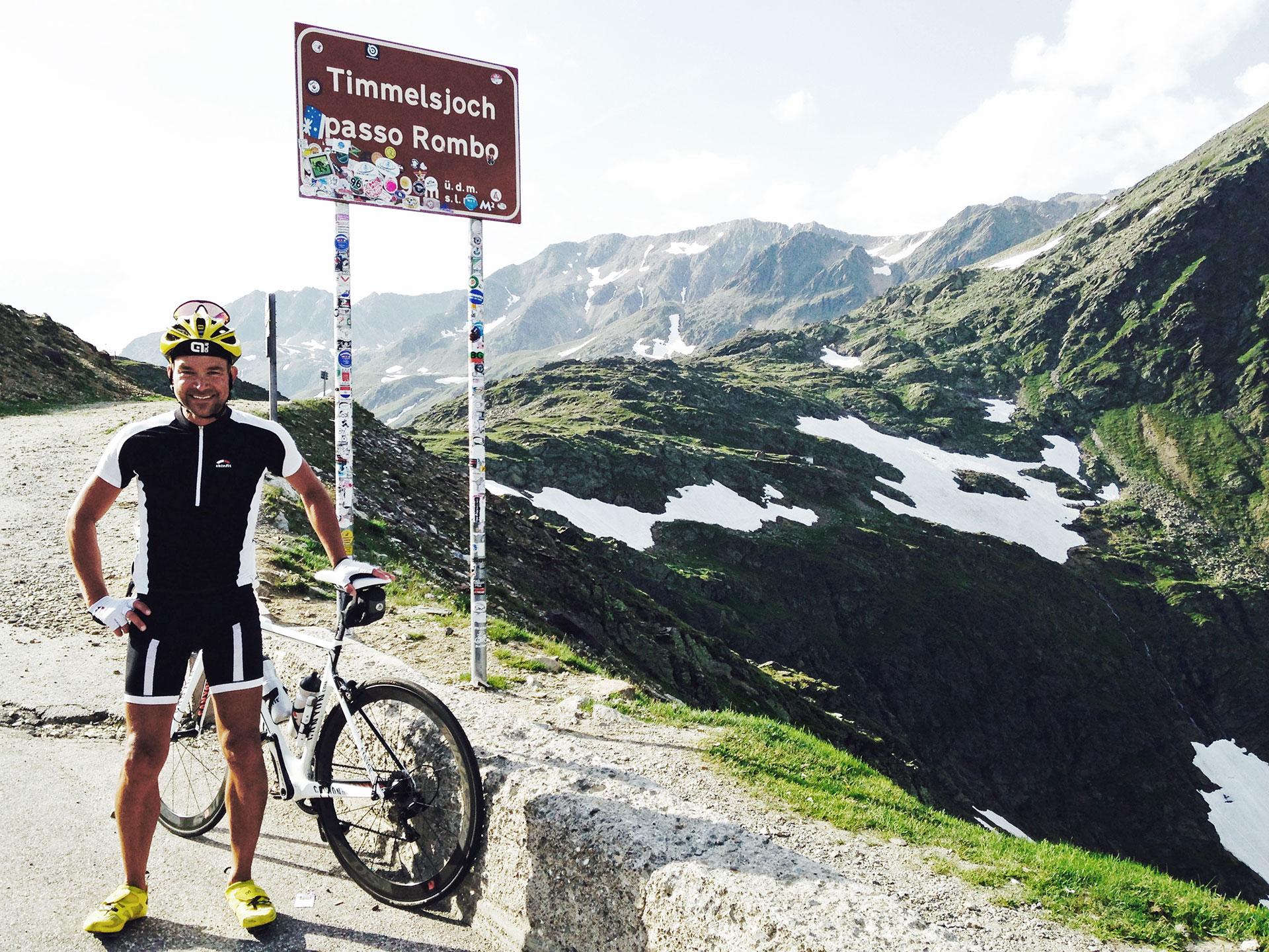 Der Höhepunkt der Tour und der lange Anstieg von St. Leonhard hinauf zum Timmelsjoch (2.509 m) mit 1820 Höhenmeter, 29 km Länge und 13% maximale Steigung: Der Hammer!