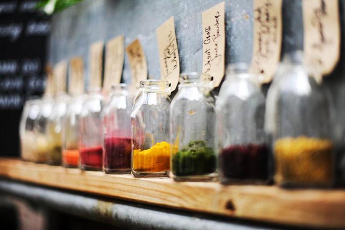 Nach den Festen kommt das Fasten: Tee reinigt und unterstützt die Gesundheit © pukka
