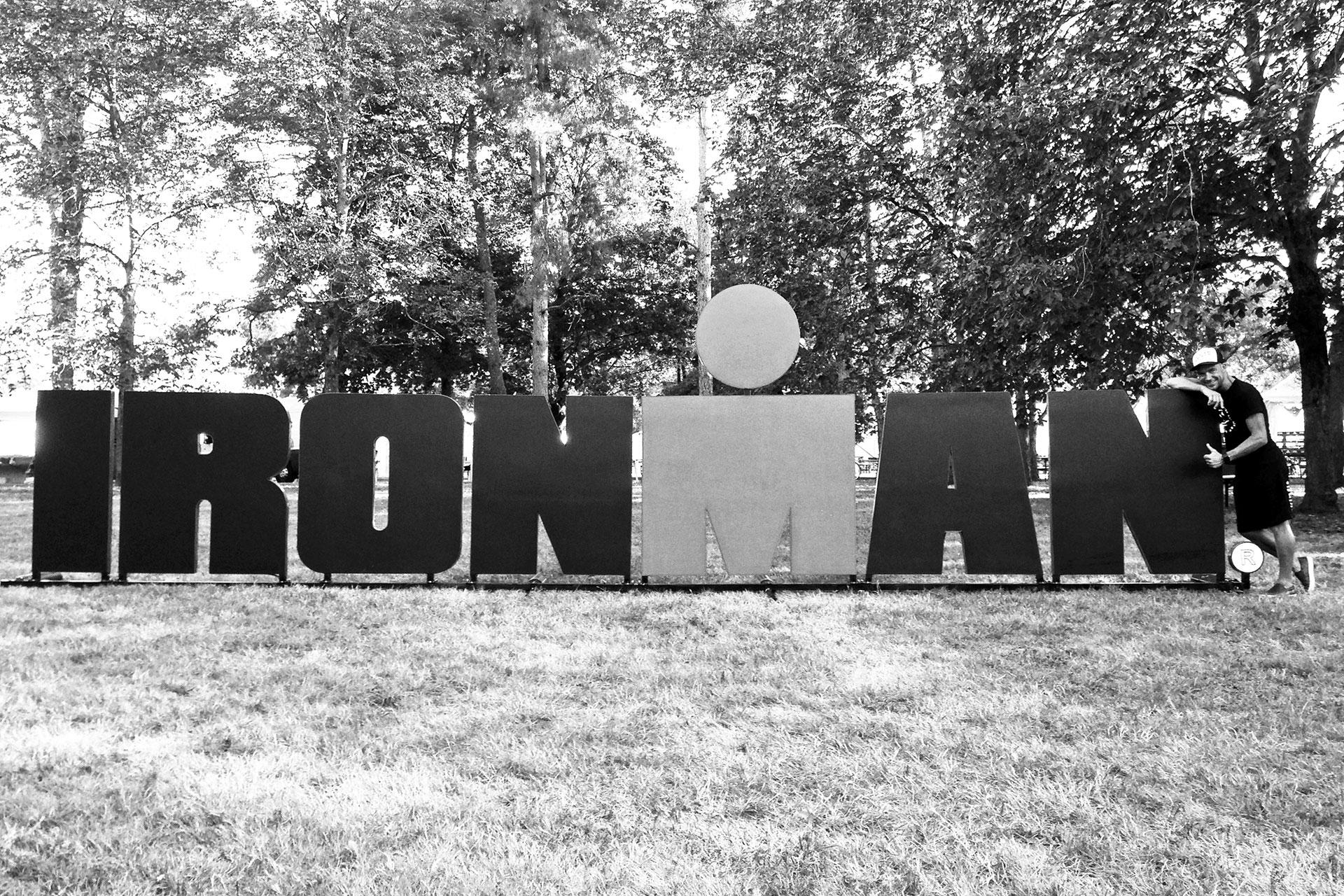 IRONMAN VICHY 2016 The Story: Echter Erfolg mit virtuellen Nebenwirkungen / Das Ironman Branding an allen Orten der Stadt ©stefandrexl.de