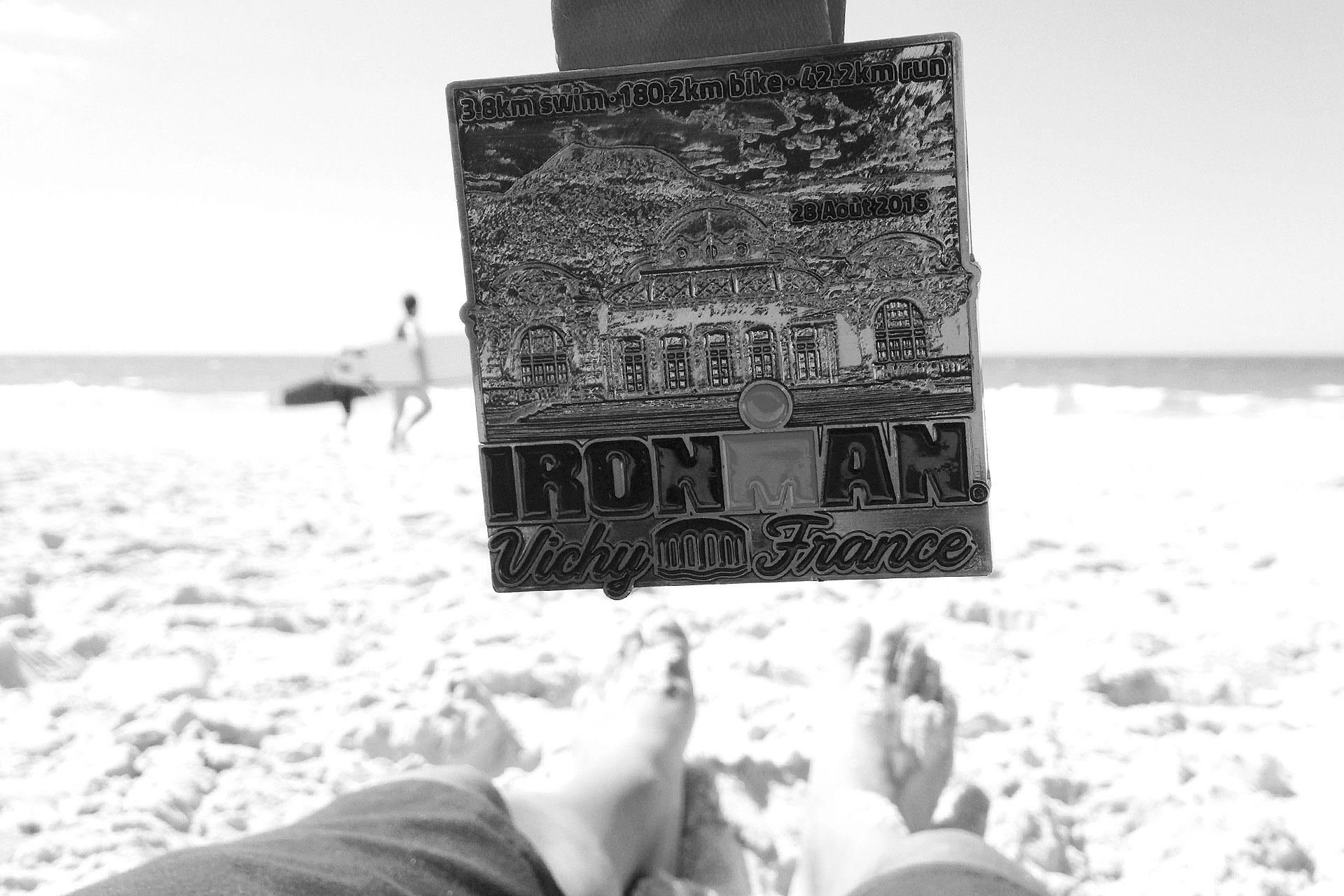 IRONMAN VICHY 2016 The Story: Der verdiente Lohn am ende einer langen Saison am Strand von Anglet im Pays Basque ©stefandrexl.de