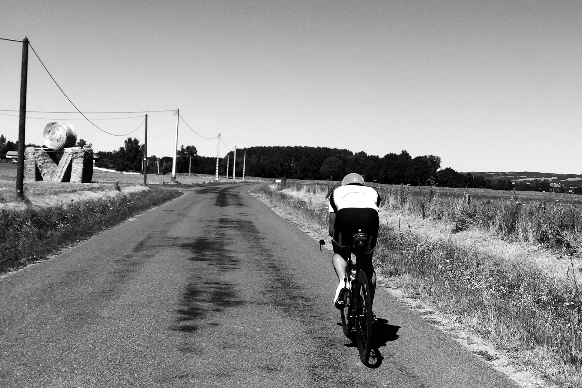 IRONMAN VICHY 2016 The Story: Echter Erfolg mit virtuellen Nebenwirkungen / Die letzte Trainingseinheit auf dem Rad durch das Val d'Allier noch in entgegengesetzter Richtung ©stefandrexl.de