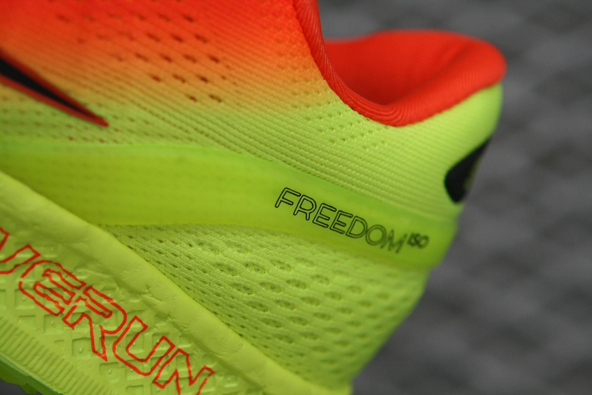 SAUCONY Freedom ISO: Mehr Freiheit, mehr Laufen / Für besseren Halt an der Ferse sorgt der Support Frame, das leichte Stretch-Mesh-Material aus weniger Textilschichten sitzt wie ein Socken, auch barfuss © stefandrexl.de