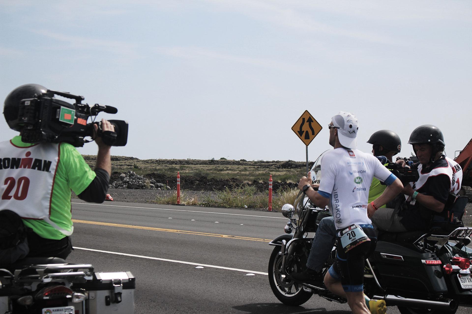 """INTERVIEW PATRICK LANGE """"Triathlon bis ich Hawaii gewinne"""" / In Rekordzeit von 2:39 Stunden läuft Patrick Lange den Marathon des Ironman Hawaii 2016"""