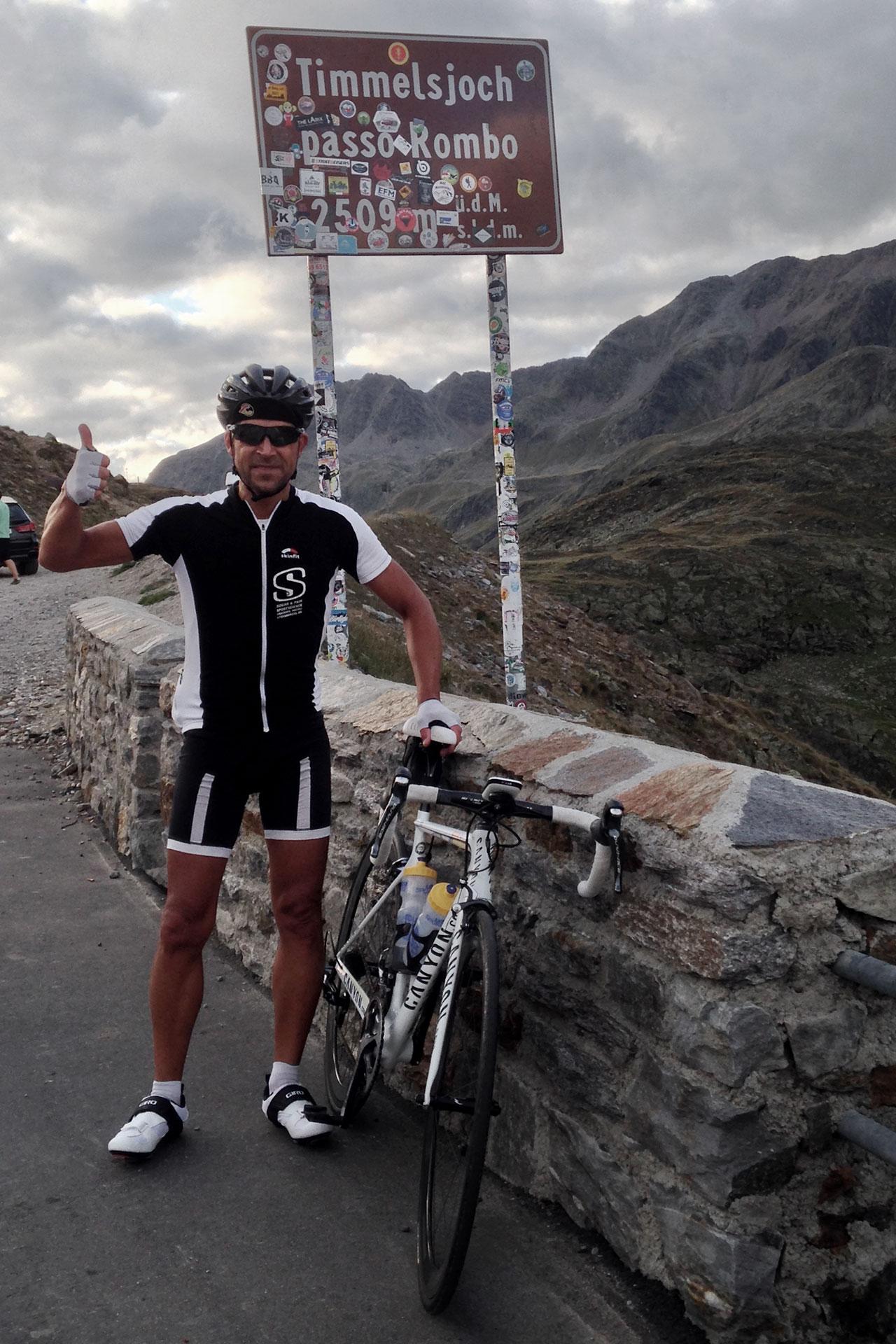 IRONMAN VICHY 2017 The Making of an Ironman Triathlete #3 / Nach Brenner und Jaufenpass der dritte und höchste Strassenpass der Ötztaler Runde, das Timmelsjoch © Stefan Drexl
