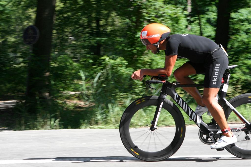 IRONMAN VICHY 2017 The Making of an Ironman Triathlete / Im letzte Formtest und Tiefflug über die Radstrecke der Triathlon Erlangen Mitteldistanz © Stefan Drexl