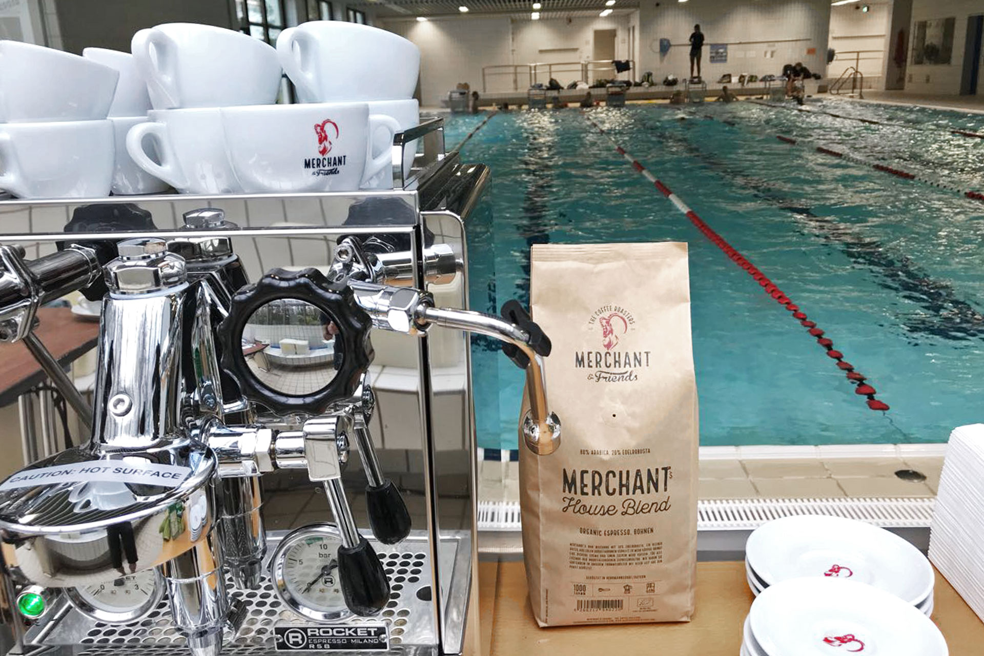 SUGAR & PAIN SWIMINAR / Leistungsstarke Kombination: MERCHANT & FRIENDS Coffee plus ROCKET Espresso für die richtige Dosis Coffein in Bio-Qualität © stefandrexl.com