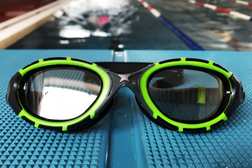 ZOGGS PREDATOR FLEX 2.0 Ausgezeichnete Sicht im und über Wasser / Wir haben das Erfolgsmodell im Training und Triathlon auf Sicht und Passform getestet © Stefan Drexl