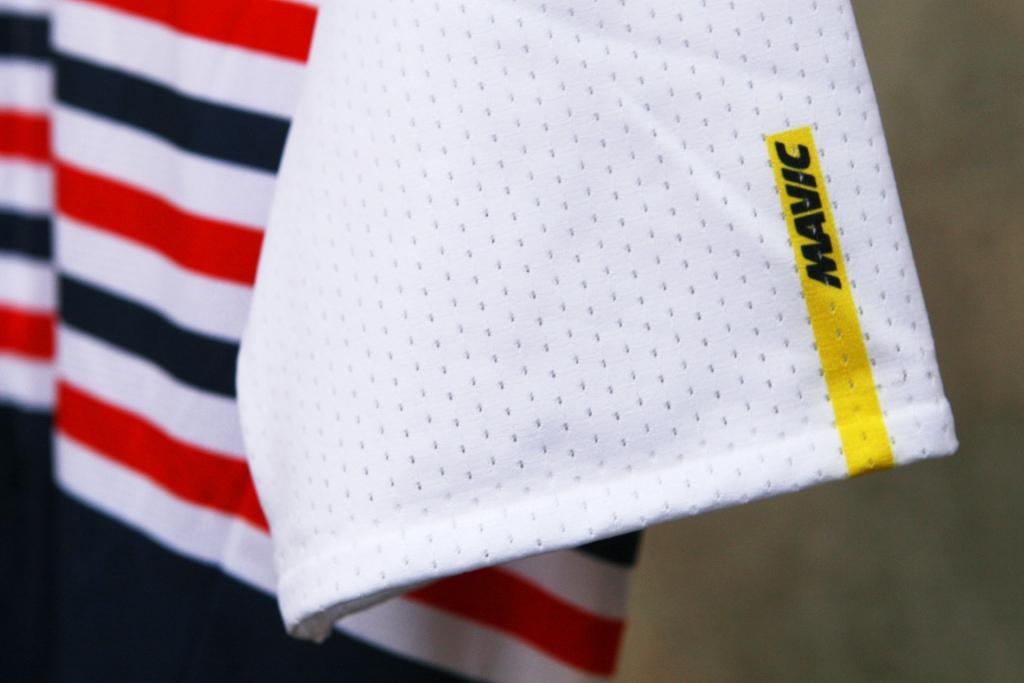 MAVIC LA FRANCE KOLLEKTION Hommage französischer Radsportkultur / Hochwertiges Textil und feine Details prägen die Kollektion 2018 / © Stefan Drexl
