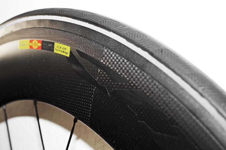 MAVIC COSMIC CXR 80 T Laufrad-Reifen-Kombination für mehr Aerodynamik / Produkttest / 06 © Stefan Drexl