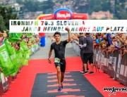 IRONMAN 70.3 SLOVENIA 2018 Jakob Heindl rennt auf Platz 2 / Motiviert von den slowenischen Zuschauern durch das Ziel in Koper © Prijavim.se