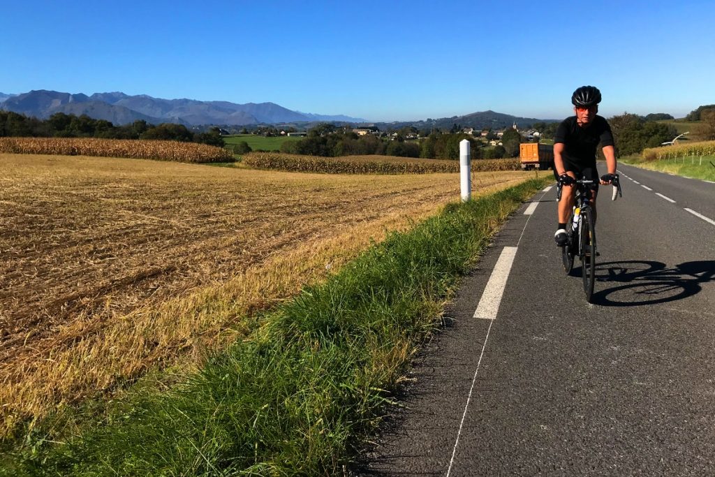 COL DU TOURMALET Ein Jugendtraum mit dem Rennrad / Spätsommerliches Wetter sorgt für angenehme Wärme auf dem Weg in die Pyrenäen © stefandrexl.com