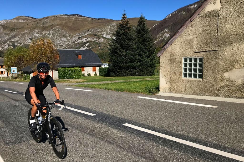 COL DU TOURMALET Ein Jugendtraum mit dem Rennrad / Die Freude ins Gesicht geschrieben auf dem Weg bergauf © stefandrexl.com