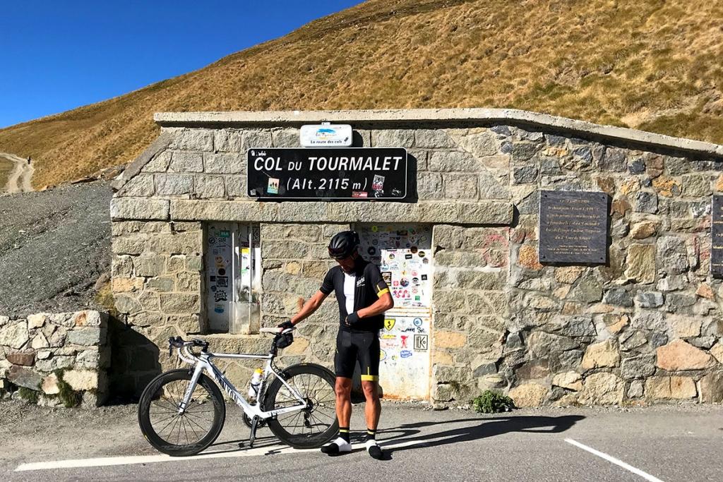 COL DU TOURMALET Ein Jugendtraum mit dem Rennrad / Es ist vollbracht – Gipfelglück auf der Passhöhe © stefandrexl.com