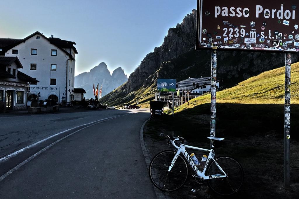 CLIMBING MOUNTAINS Alpenlegenden - Stelvio, Sella Ronda, Timmelsjoch, Oetztal GF / Pordoi © Stefan Drexl