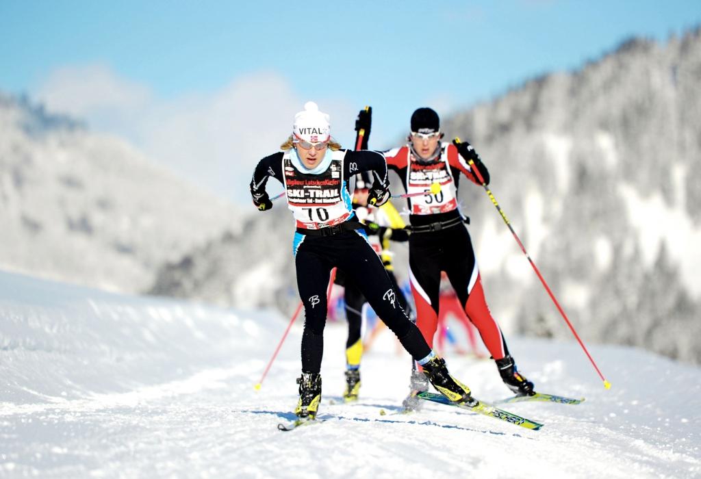 Langlaufen im Tannheimer - Tal: Trainieren im schneesicheren Hochtal: Das Tannheimer Tal bietet mit 140 Loipenkilometer ideale Trainingsmöglichkeiten für Triathleten und Ausdauersportler zum Langlaufen und Skating.