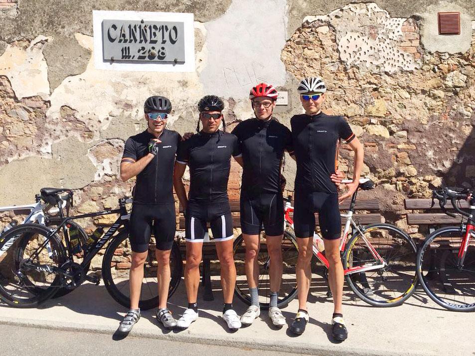 IRONMAN VICHY 2017 The Making of an Ironman Triathlete / Das SUGAR & PAIN Racing Team in Canetto im Toskana Triathlon Camp © Stefan Drexl
