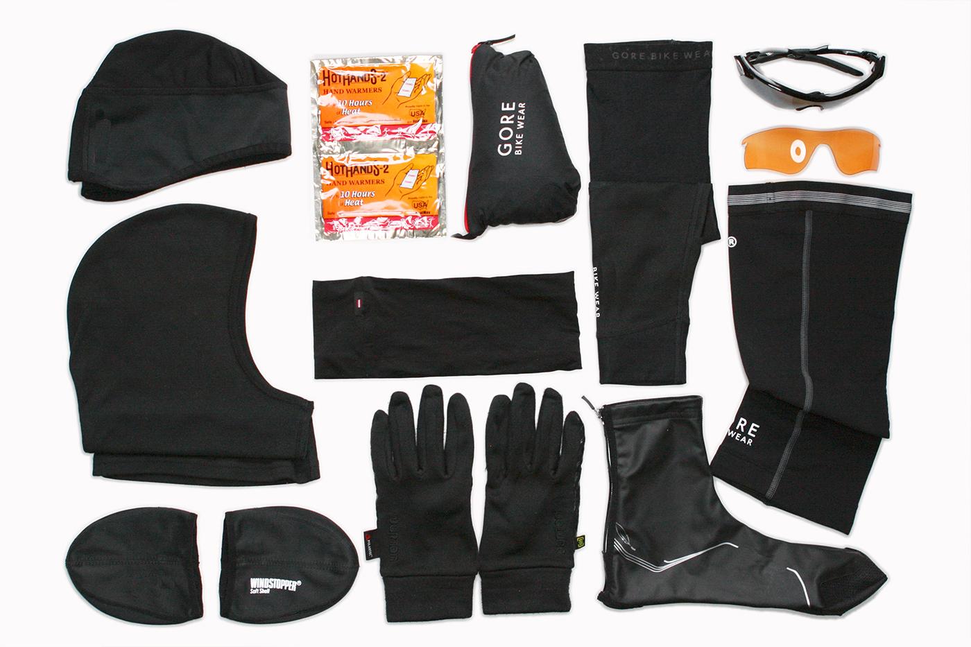 SUGAR & PAIN KNOW-HOW Essentielle Warmmacher für den Radwinter / Gegen Kälte, Wind und Nässe hat sich das Zwiebelprinzip für den Radwinter mit Rennrad oder Mountainbike bestens bewehrt. Ohne diesen essentiellen Warmmachern für Hände, Kopf und Füße allerdings, währt das Wintertraining nur von kurzer Dauer und wenig Freude © stefandrexl.com