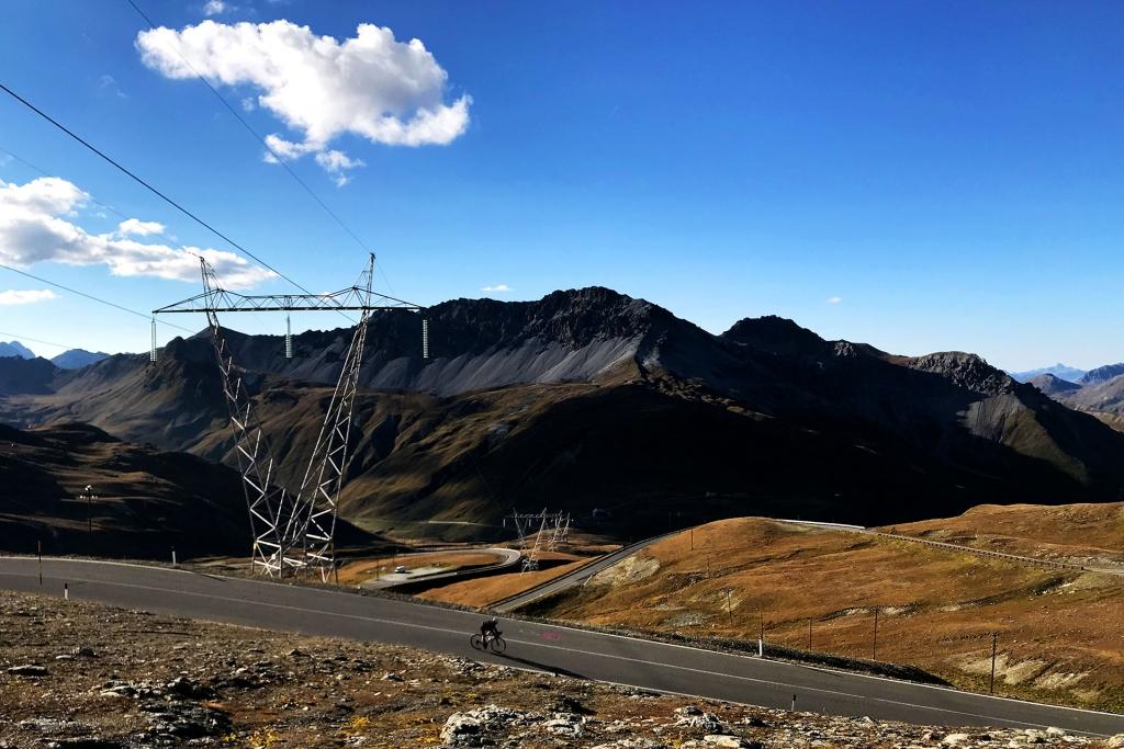 PAPA IS A RIDING STONE Mit dem Rennrad über Stelvio, Sella und Valparola 2 / Das Finale der Südwestrampe zum Passo Stelvio © stefandrexl.com