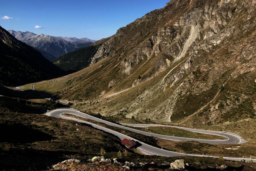 CLIMBING MOUNTAINS Alpenlegenden - Stelvio, Sella Ronda, Timmelsjoch, Oetztal GF / Umbrail © Stefan Drexl