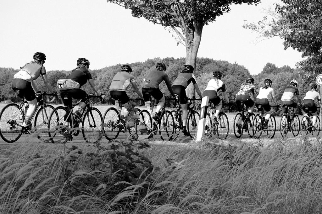NWC N° 6 x SUGAR & PAIN Rennradfahren gegen HPV verursachten Krebs / Social © NWC Moritz Werner